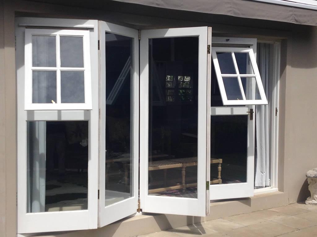 Folding windowdoor door systems for Folding window