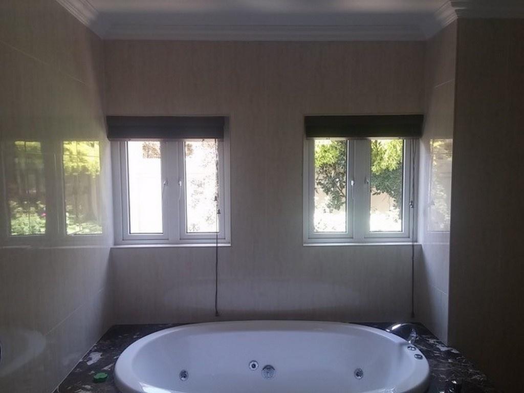 Folding Bathtub Doors Pivot Tub Door How To Put Shower