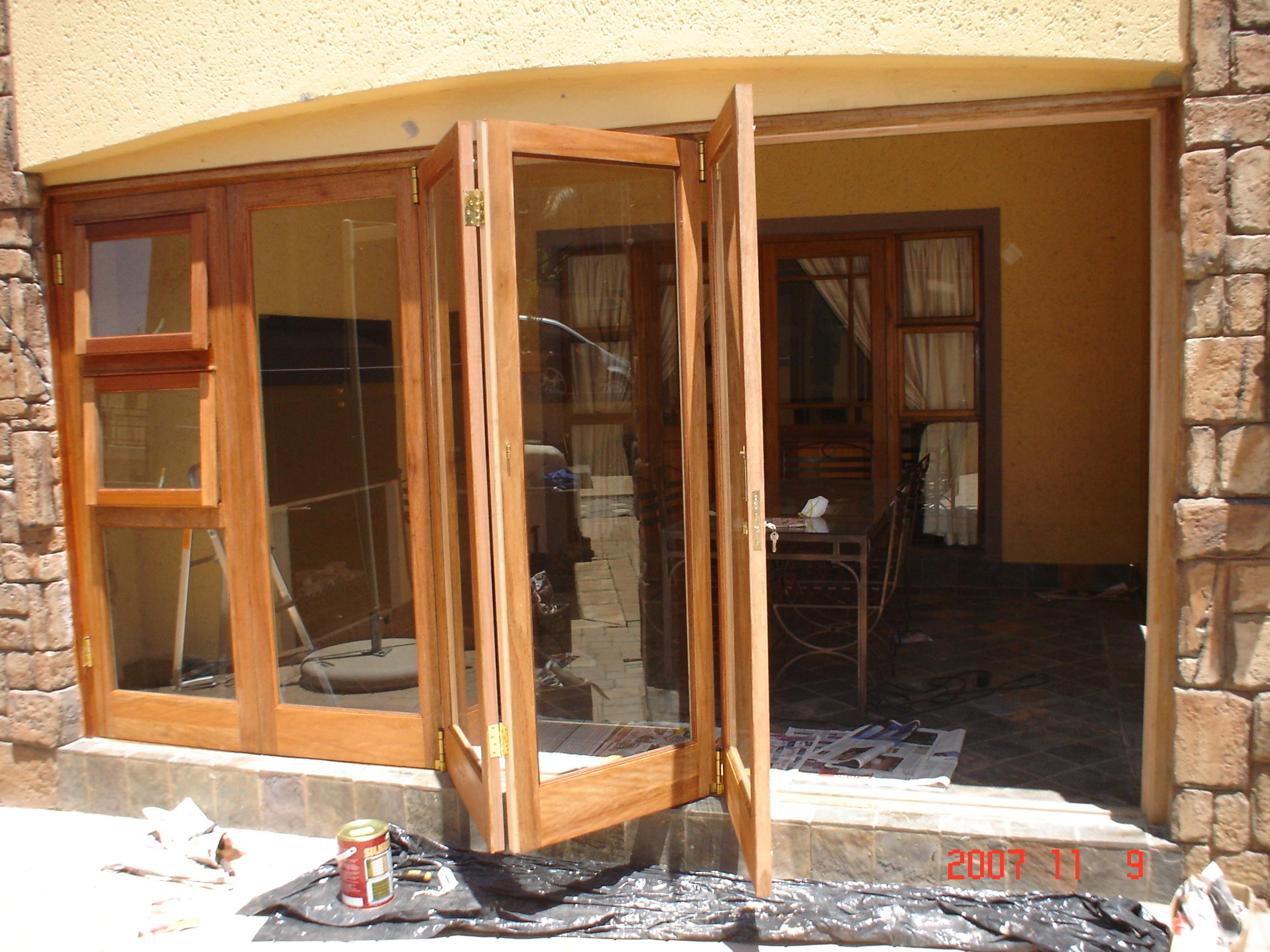 installation-of-folding-door-systems – Door Systems